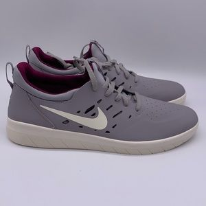 Nike Shoes - Nike SB Nyjah Free